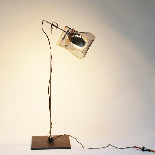Los Minimalos Uno lamp