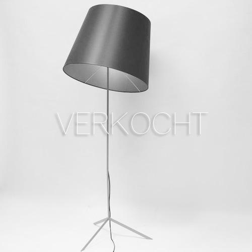 http://www.linknaardesign.nl/wp-content/uploads/2016/06/moooi-verkocht.png